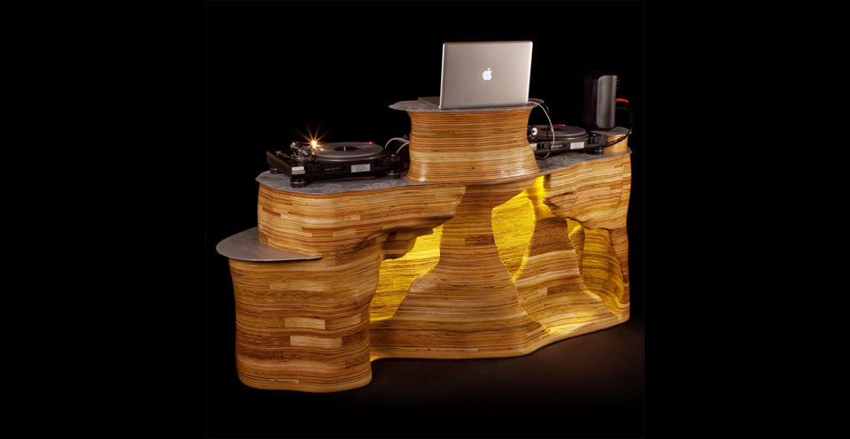 Sound Cave DJ Table